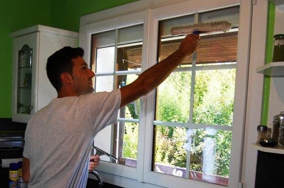 Faire appel à un professionnel pour nettoyer ses vitres Rives